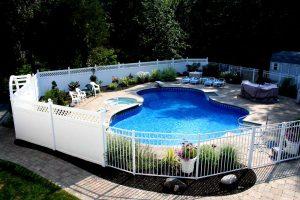 Pool Fence Builders