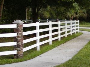 Decorative Vinyl Fence Builders of Arizona